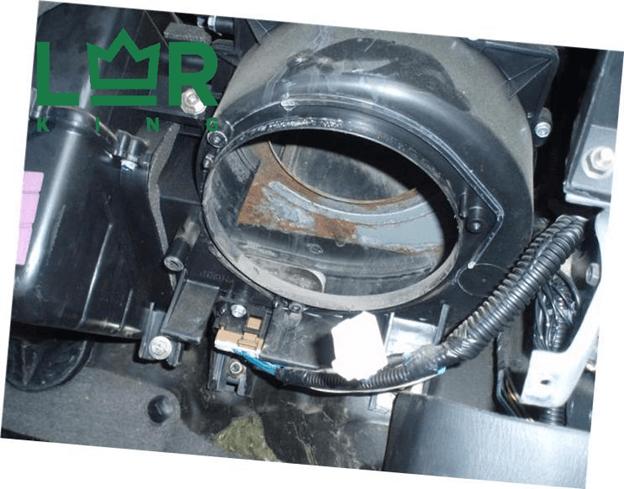 Замена мотора отопителя на Фрилендер 2