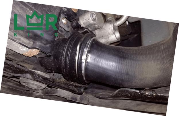 Как произвести замену патрубка интеркулера на Дискавери 3