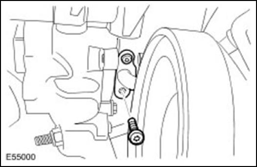 Демонтируйте сливную масляную магистраль турбокомпрессора