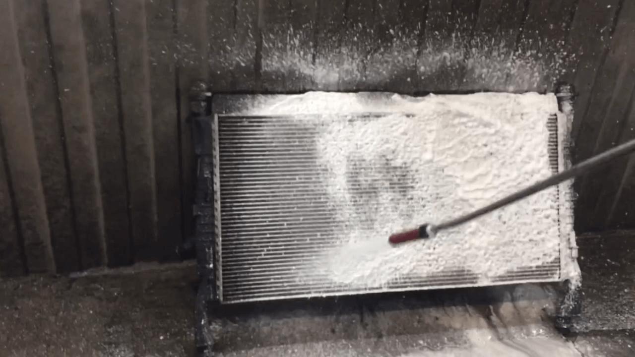 Качественная промывка радиаторов Land Rover