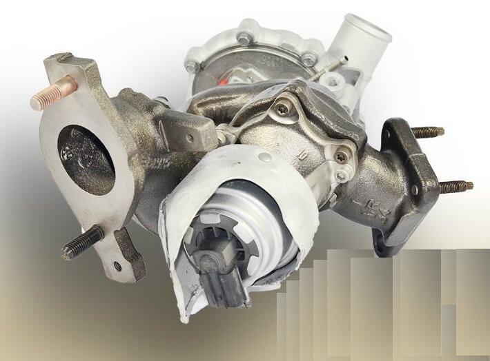 Турбокомпрессор дизельного двигателя 4.4 TD Range Rover